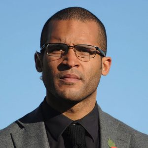 Clarke Carlisle photo